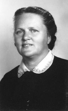 Rachel Saint, Jan 1914-Nov 1994, missionary and sister of Nate Saint. After the killing of her brother in Equador,  she and Elizabeth Elliot moved to Equador, and lived with the tribe responsible, for killing her brother. They were determined in learning their language and teaching them about God's truth, so a tragedy like that would never happen again.