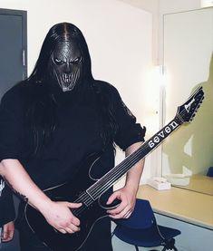 40 Year Old Men, Mick Thomson, Slipknot, Musica