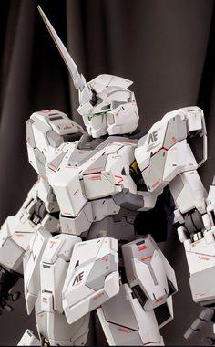 "Painted Build: PG 1/60 RX-0 Unicorn Gundam ""Detailed"" - Gundam Kits Collection News and Reviews Gundam Toys, Gundam Art, Gundam Tutorial, Futuristic Robot, Perfect Grade, Gundam Wallpapers, Unicorn Gundam, Frame Arms Girl, Gundam Custom Build"