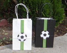 Soccer Birthday Party Theme Favor Bags by FantastikCreations Soccer Birthday Parties, Sports Birthday, Soccer Party, Sports Party, Birthday Party Themes, Boy Birthday, Theme Sport, Soccer Theme, Festa Do Real Madrid