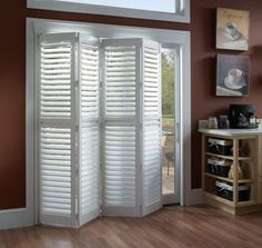 How to give an attractive look and great benefits for the home interior room? You need repairs styles on interior doors of your home interior room. Interior Bifold Doors is one of the styles used in the interior room of your home Glass Door Coverings, Window Coverings, Patio Door Coverings, Balustrade Balcon, Sliding Door Window Treatments, Sliding Doors, Barn Doors, Sliding Door Coverings, Sliding Glass Door Shutters