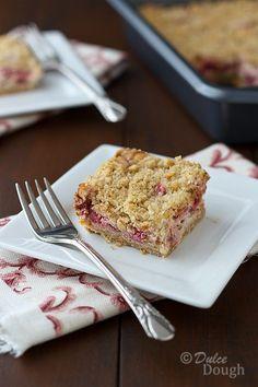 Rhubarb-Cheesecake-Bars