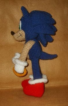 WolfDreamer: Sonic Plushie