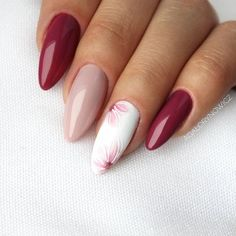 Best Nail Polish Colors of 2020 for a Trendy Manicure Almond Nails Designs, Pink Nail Designs, Super Nails, Flower Nails, Professional Nails, Nagel Gel, Creative Nails, Stylish Nails, Perfect Nails