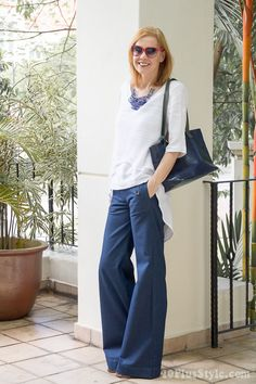 How to wear navy and white this summer - Option 1   40plusstyle.com