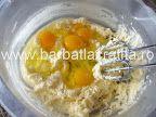 Paleuri (fursecuri cu cremă) | Rețete BărbatLaCratiță Eggs, Breakfast, Food, Morning Coffee, Essen, Egg, Meals, Yemek, Egg As Food