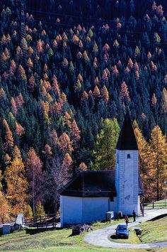 Reformed Church in Brail Cabin, Explore, House Styles, Home Decor, Decoration Home, Cabins, Cottage, Interior Design, Home Interior Design