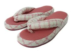 Onmygogo Breathable Indoor Slippers for Women, Flipflops for Spring and Summer (Pink)