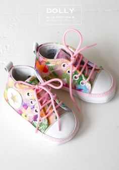 Amazing shoes, now just need some in my size!!! :)