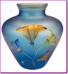 Beautiful Fenton Glass Vase