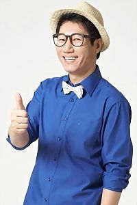 Ji Suk Jin, also known as Impala, and Big Nose Brother. When he is ousted, the race starts. But he will go to great lengths to be the star of the show. Running Man Cast, Running Man Korean, Korean Celebrities, Korean Actors, Running Man Members, Ji Suk Jin, Chinese Social Media, Korean Variety Shows
