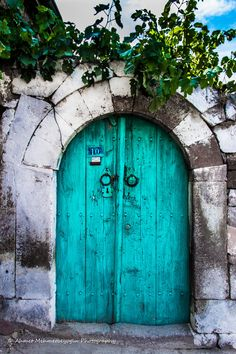 Doors of Tavlusun, Kayseri by Ahmet Mehmetbeyoğlu. Kayseri, Turkey.