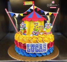 Bolo em chantininho no tema: Circo ✨ #mercierconfeitaria #bolocirco #joaopessoa #chantininho #bolochantininho Circus Birthday, Circus Party, Baby Birthday, Birthday Parties, Birthday Cake, Carnival Cakes, Pastel Cupcakes, Cream Cake, Baby Shower Cakes