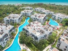 #rivieramaya #allinclusiveresorts #romanticmexico #mexicovacations Discover all the features of the Azul Fives a Gourmet Inclusive Resort, by Karisma, and book a vacation package or à la carte accommodation in Riviera May