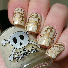 Steampunk nail art using Pahlish:  Billy Bones,  • Mundo De Uñas:  stamping polish no.19 Bronze • Moyra stamping plate 08 Geometry ... See this Instagram photo by @madhattermh • 94 likes