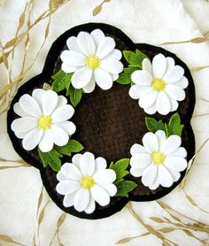 Angelwrap Wool Applique Daisy Candlemat Pattern Only | eBay
