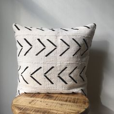 Large Arrow Print African Mudcloth Hand Stitched Black & White Pillow Cover – x – Custom Sizes Available – Neck Pillow White Pillow Covers, Decorative Pillow Covers, Couch Pillow Covers, White Decorative Pillows, Cushion Covers, Pillow Cases, Arrow Pillow, Heart Pillow, Black And White Pillows