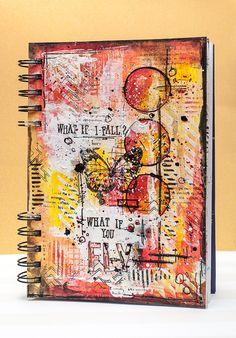 Hello Aujourd'hui je vous montre quelque chose d'un peu different de d'habitude. Parfois, je fais des pages d'Art journal, juste pour moi, moin que du scrap classique car je manque de temps mais j'adore ça. J'avais les nouveau tampons Alphabet Avery Elle...