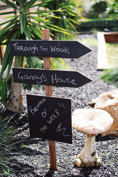 Loving this party that is being featured on Hostess with the Mostess website.  Little Red Riding Hood Woodland Wonderland 1st Birthday