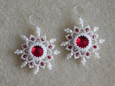Snowflake Earring Tutorial Embrace winter with a beautiful pair of sparkly snowflake earrings! Work these up in a jiffy to give as a gift or to dress up your winter outfit. The tutorial has step by step photos and instructions to guide you through every step to make the earrings. This listing is for the tutorial only, no beads or finished earrings are included. Materials needed: 12mm Swarovski rivolis, 3mm bicones, 3mm round beads, size 11 delica beads, size 15 and 11 seed beads, 6lb…