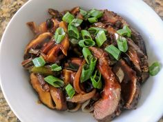 [Homemade] Asian Marinaded Skirt Steak with Stir Fried Vegetables over Udon Noodles #food