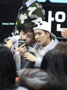 [FANTAKEN] 2014.12.05 — GOT7 Jackson & BamBam @ Gangnam Fansign Event ©Seven Star★ https://twitter.com/_7StarMyoson/status/541136763486367744 https://pbs.twimg.com/media/B4KA_hDCcAAGQ3V.jpg:large