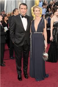 Best Actor winner Jean Dujardin and Alexandra Lamy at the Oscars at the Oscars 2012 Jean Dujardin, Mode Hollywood, Hollywood Fashion, Hollywood Celebrities, Hollywood Style, Hollywood Icons, Les Oscars, Oscars 2012, Error