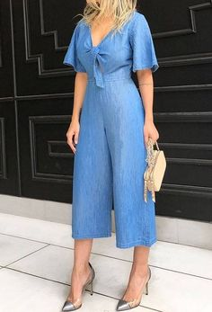Pin by Ana Lucia on tendências da moda J Lo Fashion, Fashion Outfits, Womens Fashion, Classy Outfits For Women, Stylish Outfits, Square Pants, Denim Jumpsuit, African Fashion Dresses, Denim Outfit