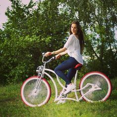 Here comes Venom! To get Your MAD Bicycle contact us at adam@madbicycles.com #cute #polishgirl #ootd #longhair #pretty #bikelife #bicycle #custom #madbicycles