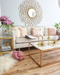 Ideas For Apartment Chic Living Room Mirror Pastel Living Room, Glam Living Room, Living Room Mirrors, Mirror Room, Pastel Room, Living Room Decor Traditional, Apartment Chic, Apartment Living, Deco Design