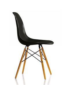 CASANOVA Møbler — Eames Plastic Chair (DSW) - Sort