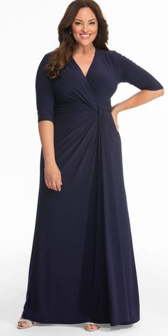 Our plus size formal dresses are perfect for all your special occasions. Evening Gowns With Sleeves, Plus Size Evening Gown, Dresses With Sleeves, Plus Size Long Dresses, Plus Size Outfits, Plus Size Bridesmaids Dresses, Plus Size Gowns Formal, Big Size Dress, Dresser