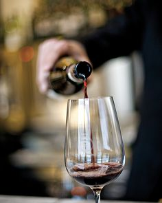 Ready for a premium wine-tasting session? Turn heads on the way there in your private limousine. Beverly Wilshire, Girls Getaway, Four Seasons Hotel, Celebrity Houses, Wine Tasting, Fine Dining, Restaurant Bar, Red Wine, Alcoholic Drinks