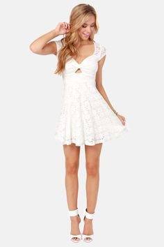Lace Canon Backless Ivory Lace Dress