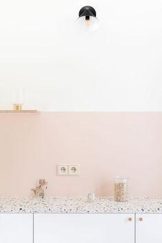 5 Harmonious Tips AND Tricks: Minimalist Kitchen Design Gray minimalist bedroom ikea inspiration. Minimalist Home Interior, Minimalist Furniture, Minimalist Kitchen, Minimalist Living, Minimalist Decor, Minimalist Bedroom, Modern Minimalist, Home Design, Design Hotel