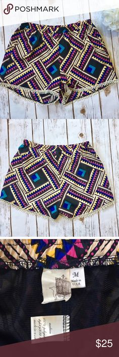 Francesca's Colorful Patterned Shorts☀️ Adorable colorful patterned shorts with Pom-Pom fringe border from Francesca's! Fabric content is 100% Polyester.    Measurements approximately:  🍍Waist: 24 inches 🍍Inseam 3 inches Francesca's Collections Shorts