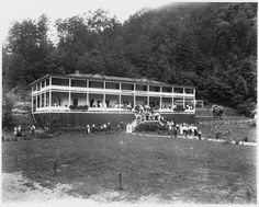 Kinzel Springs Hotel near Smoky Mountains