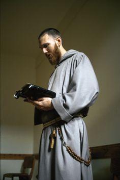 Messenger of Saint Anthony - 1/2004 - The Slam Dunk Friars
