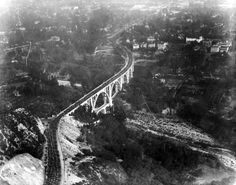 Traffic jam on the Colorado Street Bridge, Pasadena. Probably in the 20s. Note the rarely photographed, shorter bridge below the main span.