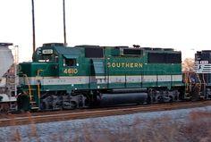 Southern Railway 4610 working train GD01 in Dalton, Georgia on January 19, 2006.