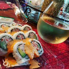 Pre tennis fuel. All the serious atheletes are doing it. #sushi #wine #tennis