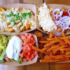 Frittenwerk - Die Pommesmanufaktur, fries, frittenwerk, bilk, düsseldorf, fritten, pommes, poutine, canadian, street food, chill cheese, tomato, sour cream, foodie, foodpic, food, delicious, lunch, imbiss, restauran, fast food,