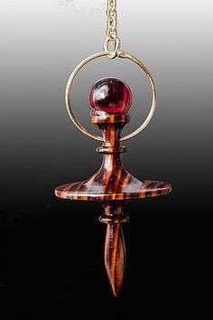 Les 20 Meilleures Images De Pendules Pendule Pendule Divinatoire Radiesthesie