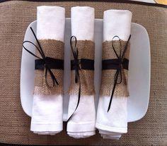 Juta e fitas pretas dão um toque especial se a sua comemoração tiver um jantar