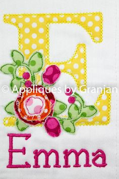 Burp Cloth Monogrammed Burp Cloth by AppliquesByGranjan on Etsy Baby Applique, Baby Embroidery, Applique Monogram, Applique Embroidery Designs, Machine Embroidery Applique, Applique Patterns, Applique Quilts, Baby Monogram, Embroidery Files