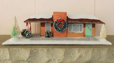 """Get Kate's pattern for a mini midcentury """"putz"""" house -- this one is a retro hip-roof ranch house similar to her own 1962 ranch house. Modern Christmas, Retro Christmas, Christmas Home, Christmas Crafts, Christmas Decorations, Christmas Ideas, Xmas, Architecture Renovation, Roof Architecture"""
