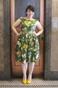 {Cluck, Cluck, Cluck} REAL Curvy Girl inspiration from Lilli Hingee, her blog: Frocks and Frou Frou