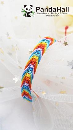 Handmade Wire Jewelry, Diy Crafts Jewelry, Bead Crafts, Handmade Crafts, Kids Jewelry, Macrame Bracelet Diy, Bracelet Crafts, Diy Craft Projects, Crafts For Kids