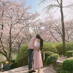 Find images and videos about couple and ulzzang on We Heart It - the app to get lost in what you love.