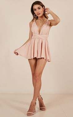 Rising Sun Playsuit In Blush Classy Outfits, Sexy Outfits, Beautiful Outfits, Girl Outfits, Cute Outfits, Formal Outfits, Beautiful Legs, Hoco Dresses, Pretty Dresses